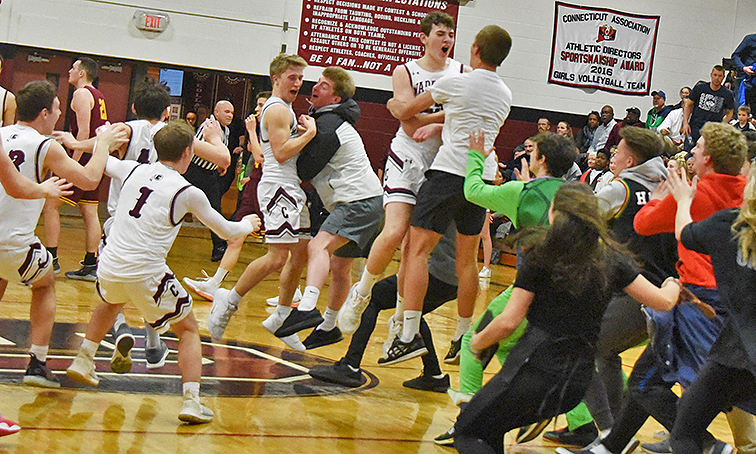 Canton outlasts Granby for historic conference championship win – The Collinsville Press